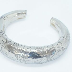Silver Bangle Hollow Design