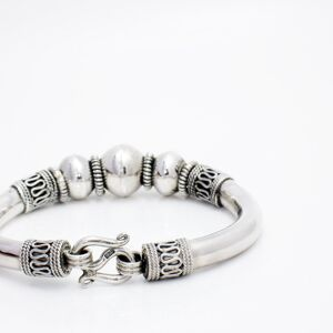 Silver Bangle Retro Style